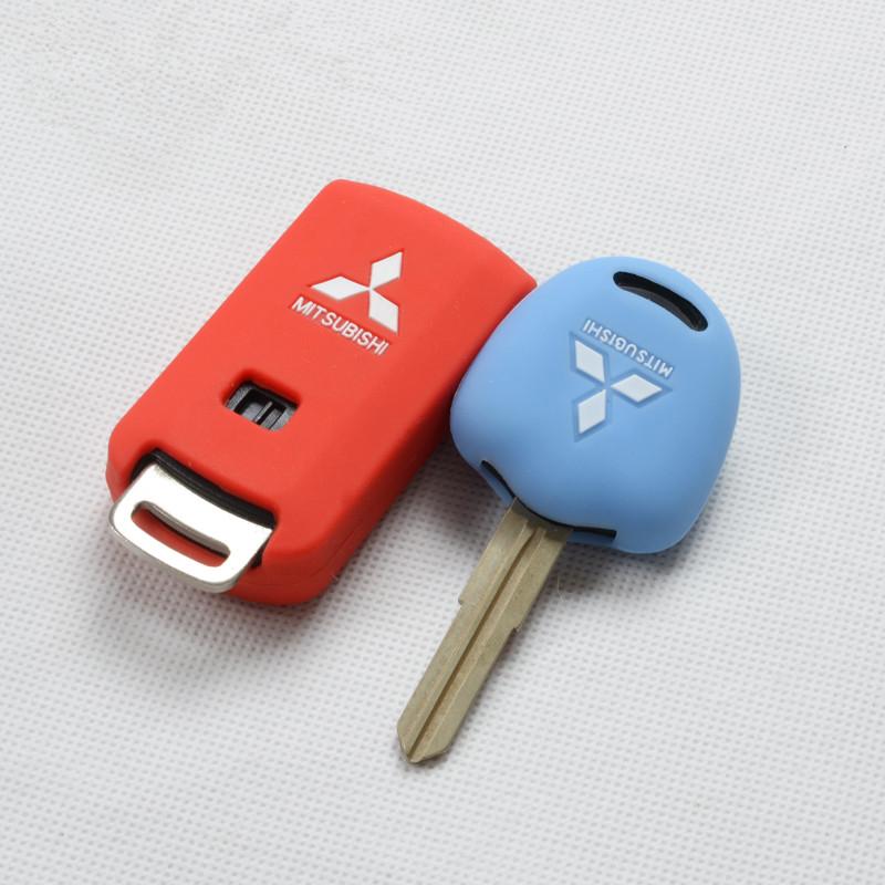 Фото - Чехол для ключа силиконовый для Mitsubishi Outlander 2012 - 2018 чехол силиконовый для ключа polo sedan