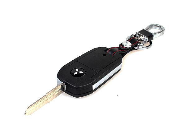 накладки на бампера обвес outlander imports для mitsubishi outlander 3 2011 2018 Выкидной ключ для Mitsubishi Outlander 3 (2011 - 2018)