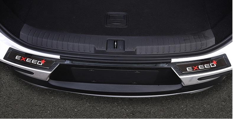 Накладка на порог багажника (черная) CHERYEXEED TXL 2020-