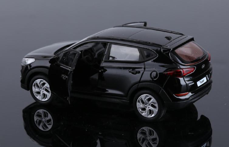 Модель в масштабе 1:38 Hyundai Tucson 2015 - ibeg 2015 messenger 1 a9 page 1