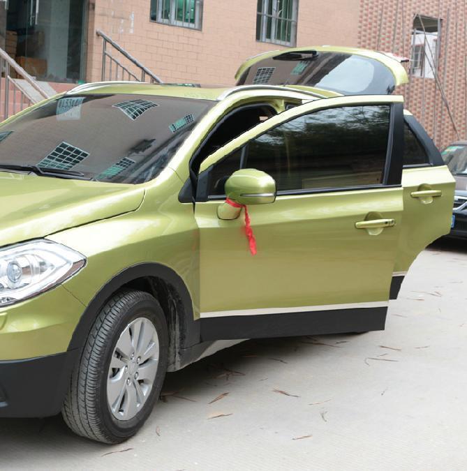 Молдинги для Suzuki SX4 (2014 - 2016)