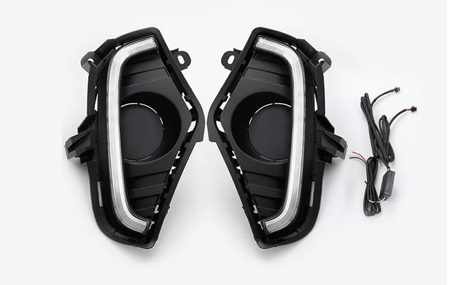 Светодиодные ходовые огни двухцветные Toyota RAV4 2019-