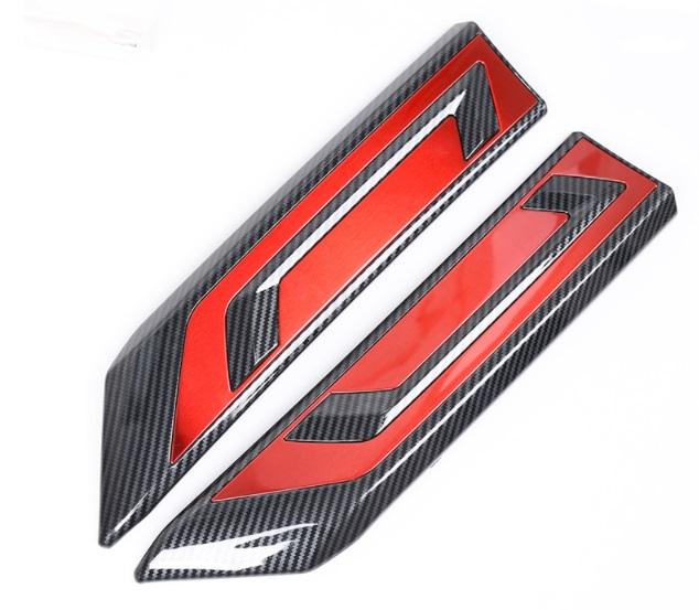 Декоративные накладки на радиатор красные Toyota RAV4 2019-