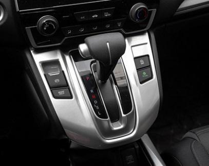 Фото - Накладка на панель передач (матовая) для Honda C-RV 2017- накладка на воздуховод для honda c rv 2016