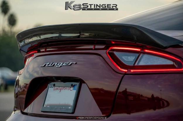 Спойлер на крышку багажника с заходом на фары (черный карбон) S-FX Legato ARK Performance для KIA Stinger 2018 - смартфон ark benefit s503 черный