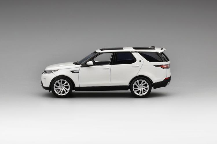 Модель Land Rover Discovery 5 в масштабе 1:43 модель land rover discovery в масштабе 1 18