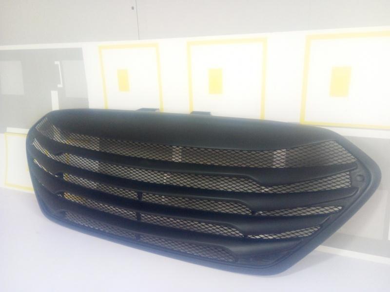 Решетка гриль TOMATO для Hyundai ix35 (2010 - 2015)
