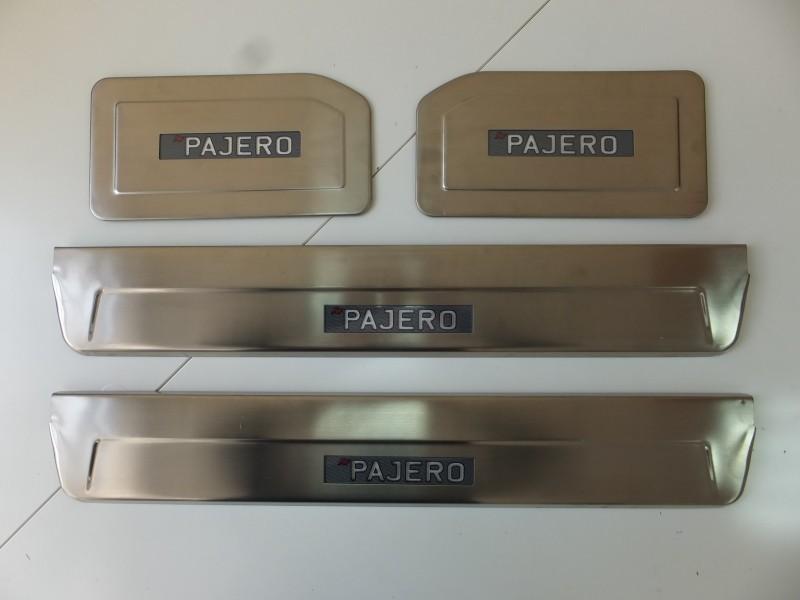 Накладки на дверные пороги с логотипом и LED подсветкой, нерж. JMT 29662 для Mitsubishi Pajero IV 2006-