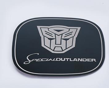 накладки на бампера обвес outlander imports для mitsubishi outlander 3 2011 2018 Накладка на люк TRANSFORMER для Mitsubishi Outlander 3 (2011 - 2018)