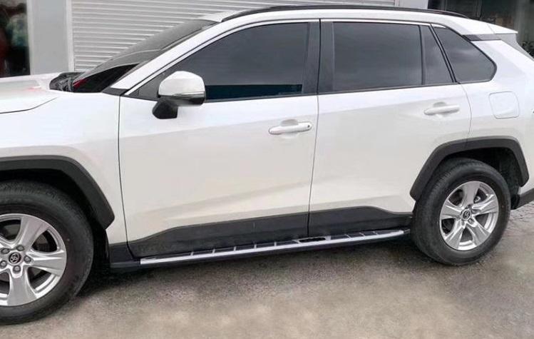 Боковые подножки, пороги CHN для Toyota RAV4 new (Тойота РАВ4) 2019 + накладки на дверные пороги полированные chn для toyota rav4 new тойота рав4 2019