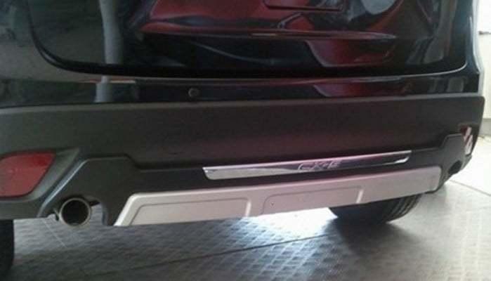 Накладка на задний бампер OEM-Tuning CNT35-CX5-002A для Mazda CX-5 (2015 - 2017) накладка на задний бампер с загибом зеркальная alu frost 40 3674 для mazda cx 5 2015 2017