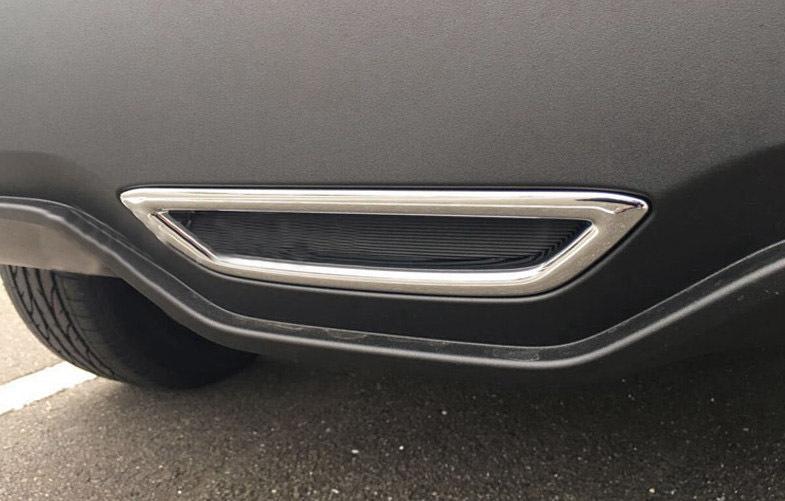 Накладка-вставка на задний бампер (черный, хром) для Toyota C-HR 2018 - светоотражатель в задний бампер chn для toyota c hr 2018