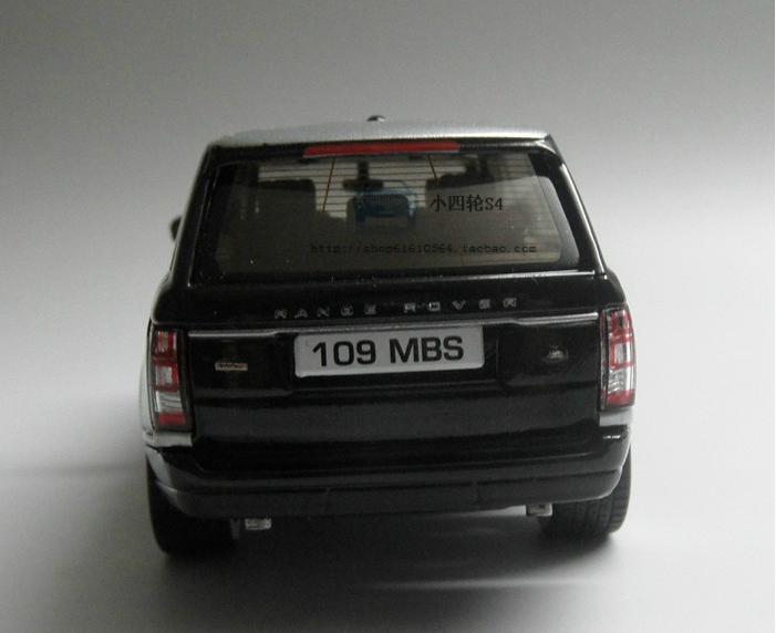 Модель Land Rover Range Rover в масштабе 1:43