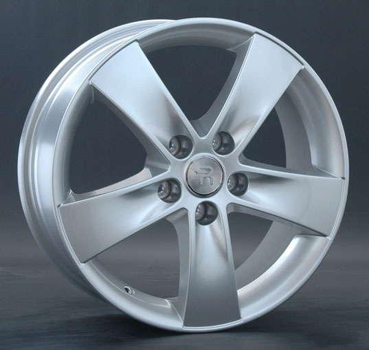 Диск колесный Replay HND80 7xR18 5x114,3 ET35 ЦО67,1 серебристый 017720-030143018