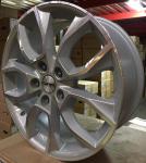 Диск колесный Carwel Ханга 1713 7xR17 5x112 ET45 ЦО57.1 серебристый с полированной лицевой частью 97919