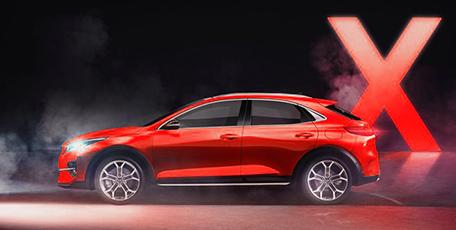 Новый купе-кроссовер KIA XCeed<