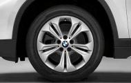 Зимнее колесо в сборе R17 Double Spoke 564 (Nokian Hakkapeliitta 8 FRT (RSC) шип) 36112409022 для BMW X1 (F48) 2015-