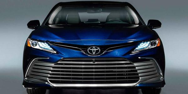 Старт продаж рестайлингового Toyota Camry XV70 в России<