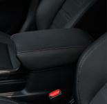 Чехол на подлокотник (черный с красным) для Honda C-RV 2017-