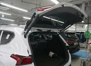Электропривод двери багажника Mobis 129885 для Санта Фе 4 (Hyundai Santa Fe 2018 - 2019)