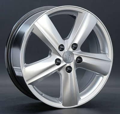 Диск колесный Replay LX32 7,5xR18 5x120 ET32 ЦО60,1 серебристый темный 000682-070212042