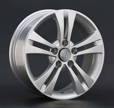 Диск колесный Replay SK3 6xR15 5x112 ET47 ЦО57,1 серебристый 018117-020035006