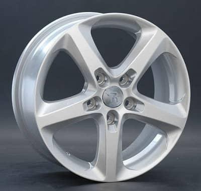 Диск колесный Replay OPL24 6,5xR16 5x110 ET37 ЦО65,1 серебристый 020092-070016001